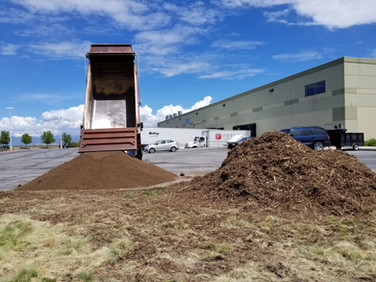 Topsoil and Bark Mulch
