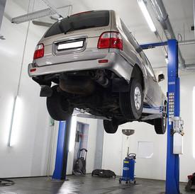 """SERVISA APRAKSTS Autoserviss """"CARCARE 4U"""" ir saprātīga alternatīva dīlercentriem un ātrs un veiksmīgs Jūsu automašīnas tehnisko problēmu risinājums par pieņemamu cenu, kā arī sludinājuma izveidei un pārdošanai."""