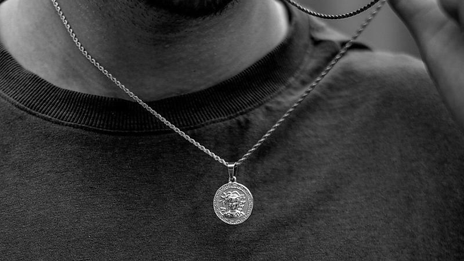 25% Off Pendants, Rings, and Chains