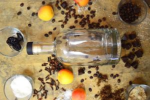 Abfüllungen von Vita Dulcis mit Whisky, Gin & Rum
