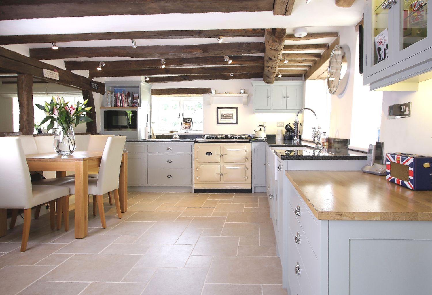 Lyne Kitchens _ Hascombe Surrey Master