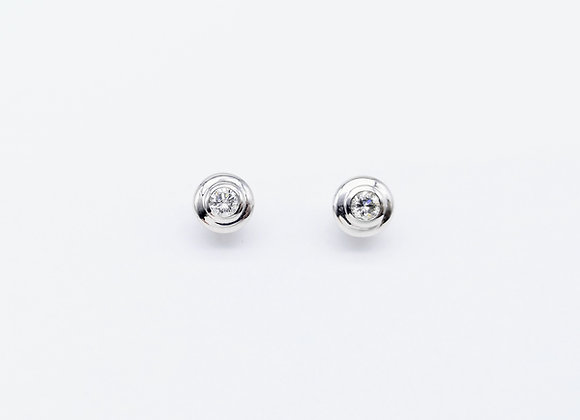 18ct Diamond Set Wide Rub Over Ear Studs
