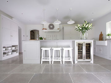Lyne Kitchens | Haslemere Surrey master