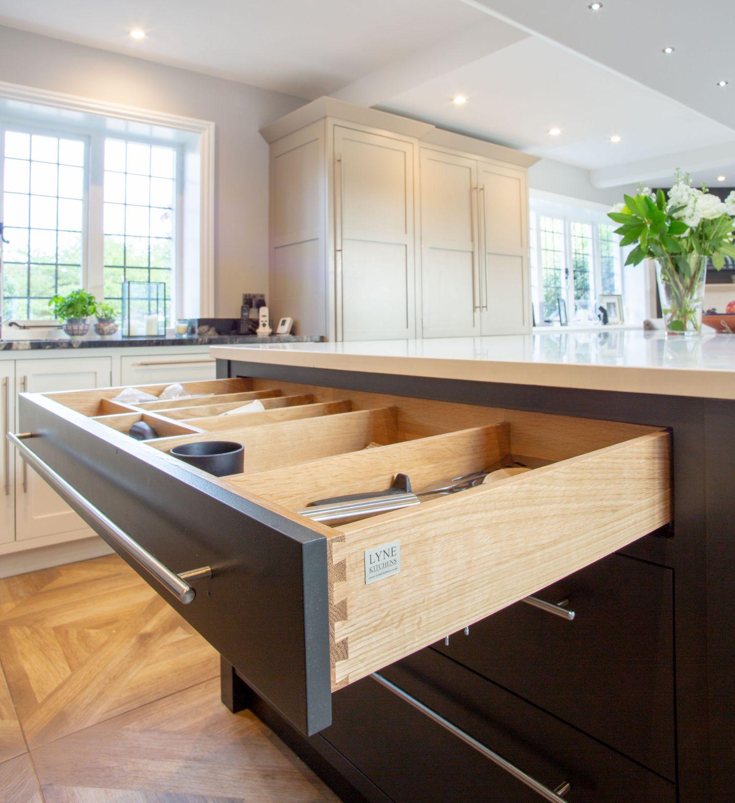 Lyne Kitchens | Chiddingfold Surrey 9