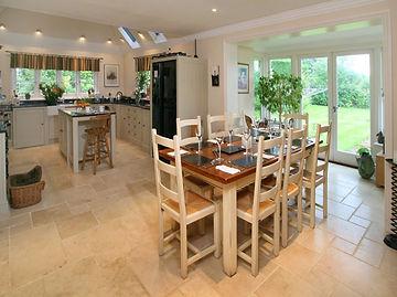 Lyne Kitchens | East Horlsey Surrey 2.jp