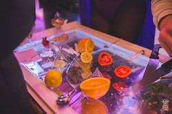 Cucum-bar stand
