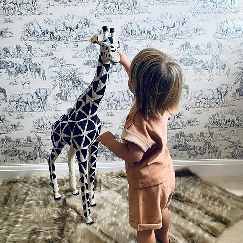 Floor Standing Giraffe Ornament