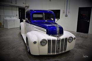 1947 Ford.jpg