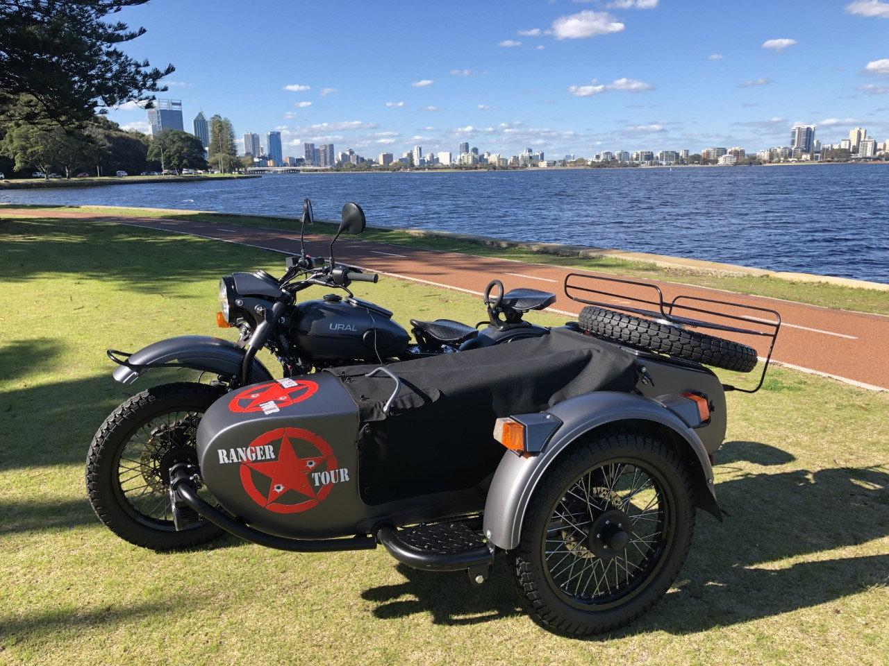BOOK 'BORIS' the Motorcycle Sidecar