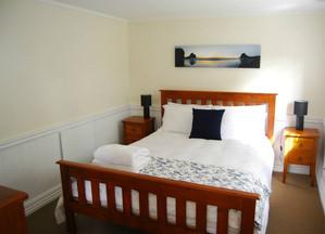 Piha Room