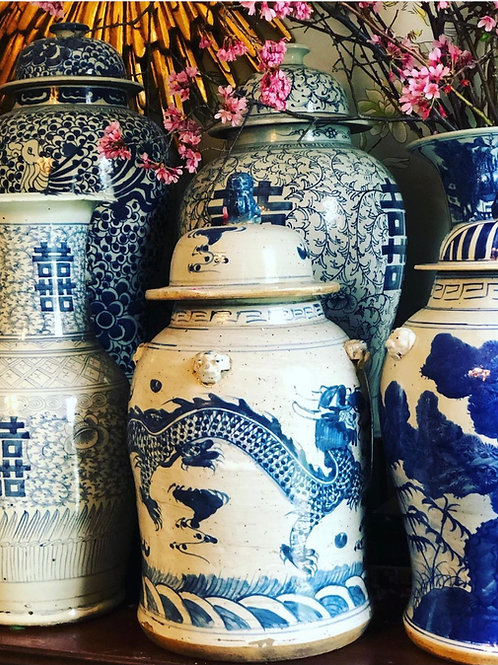Dragon temple jar