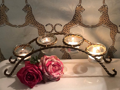 Twisted votive candleholder