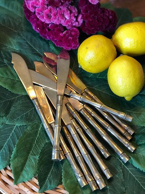 Faux bamboo knife set