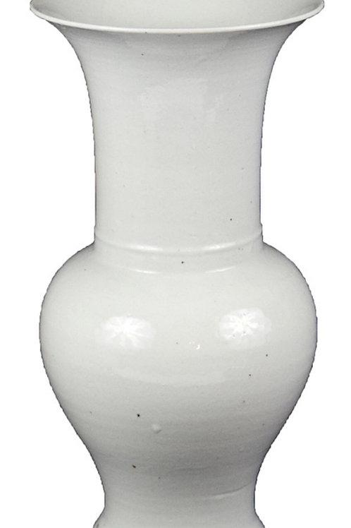 Trumpet vase in white