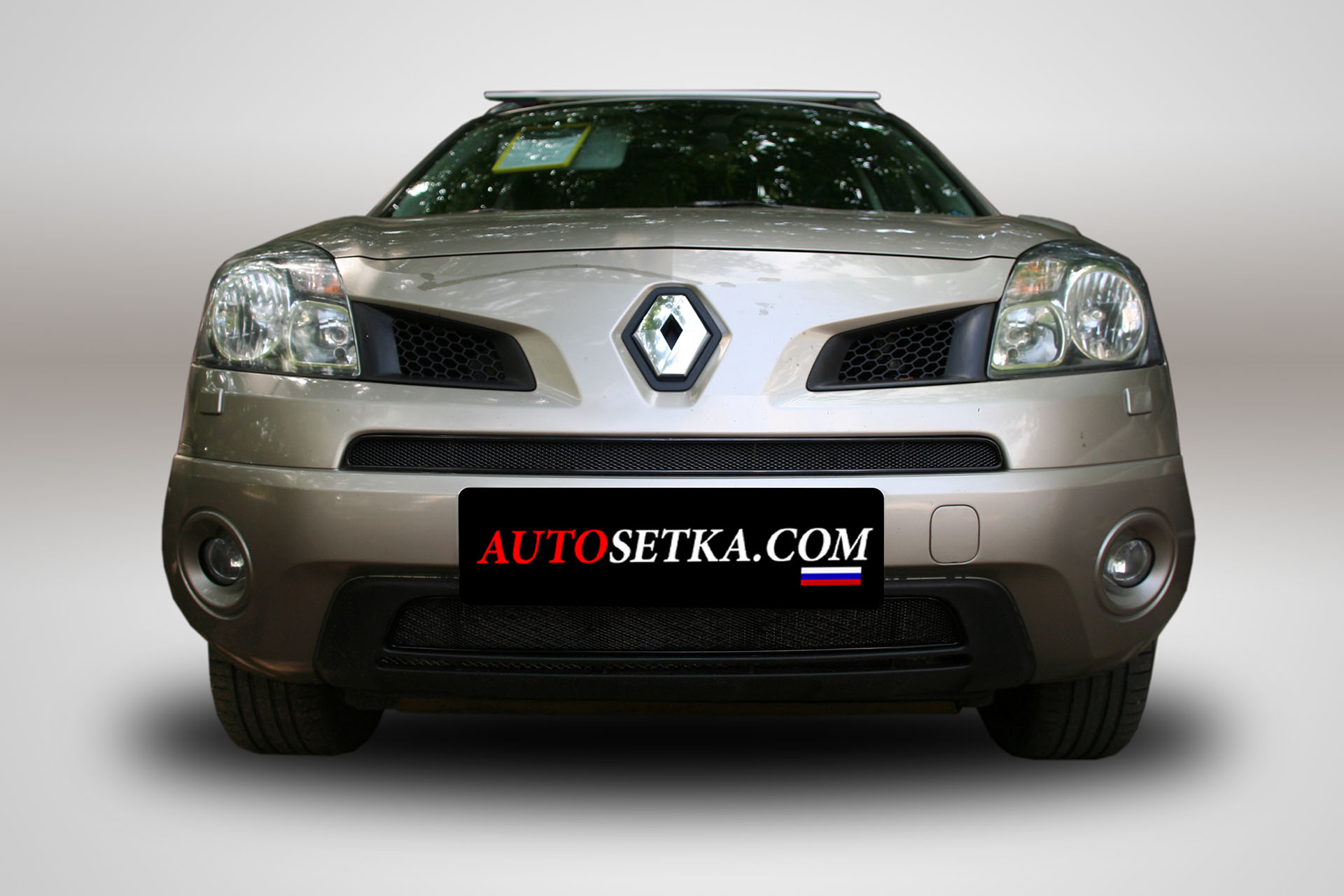 Renault Koleos (2008-2011) без накладки.