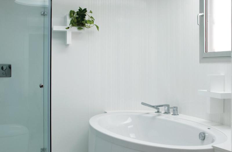Absulute Blanc Bath.jpg