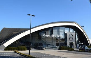 ASV Mercedes Eindhoven, 6.000 m2 showroom,offices and repair center.