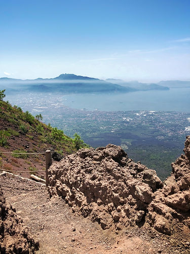 Bay of Naples Private Tours by Milo Tours_Volcano Vesuvius Hike