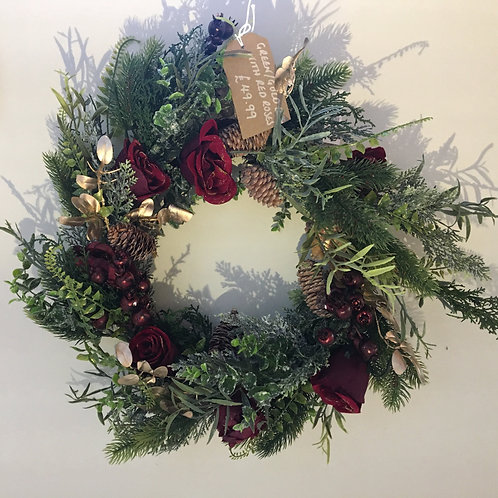 Artificial Wreath - Green / Gold with red roses