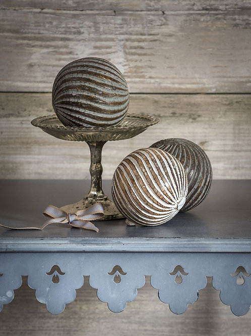 Small Stripe Carved Object Ball