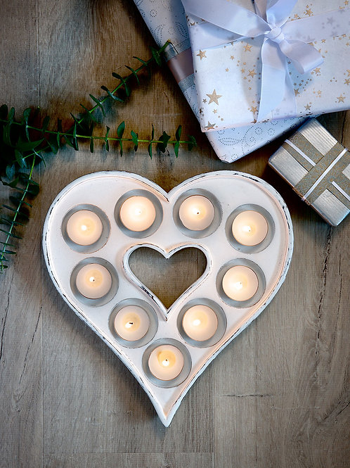 9 Tea Light Heart Tray - White
