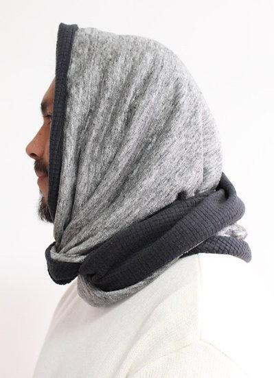 DOTTIE Hood in Gray and Black