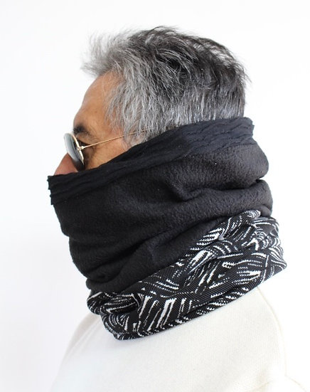 CARLOS Scarf in Blacks