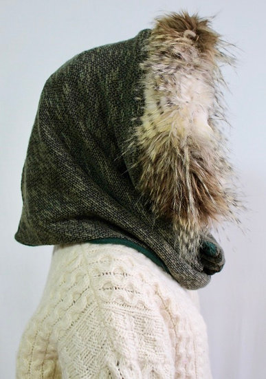 BELLA Hood in Olive and Forrest Green