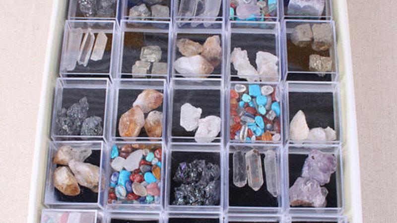 Mixed Natural Rough Stones Raw Quartz Crystal Natural  Minerals