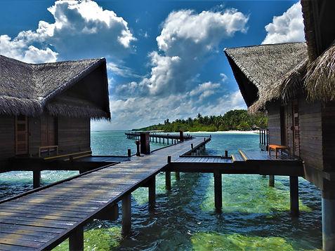 Hudhuran Fushi Ocean Villa Ext.JPG