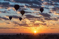 MYANMAR HOT AIR BALLOONING iStock-122486