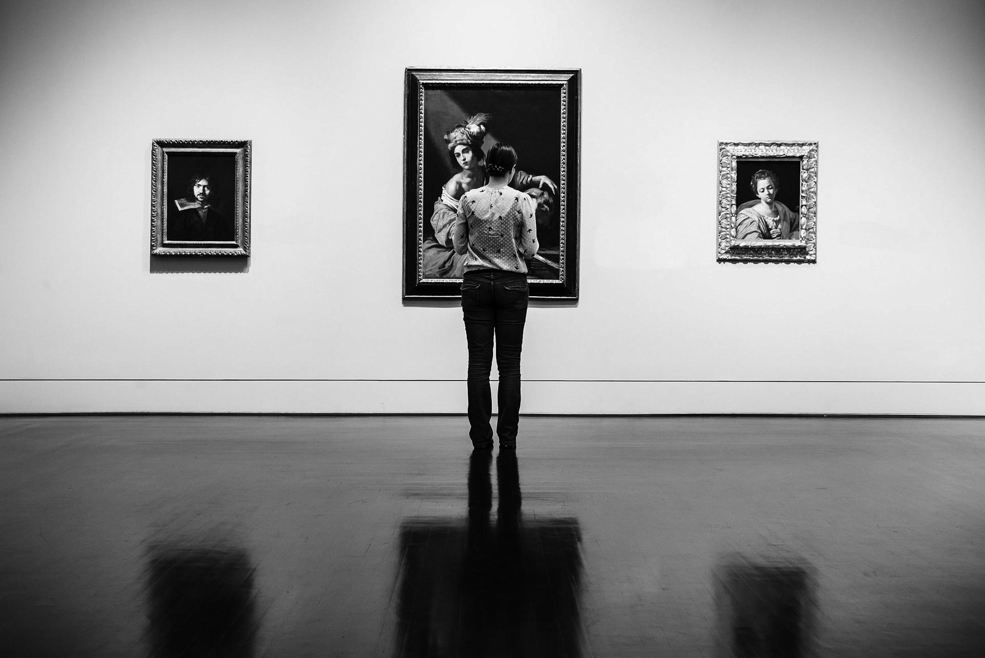 exhibition-362163_1920