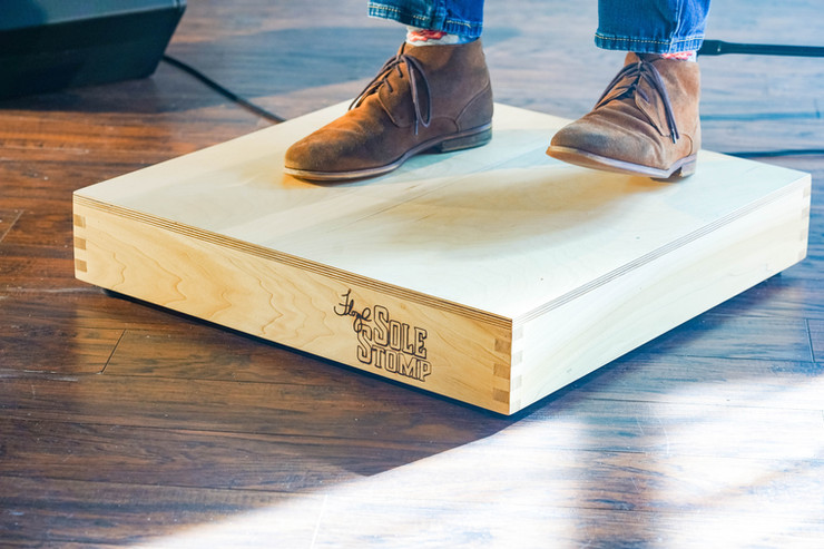 floyd-sole-stomp-feet-on-box