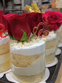 Champagne Individual Cake