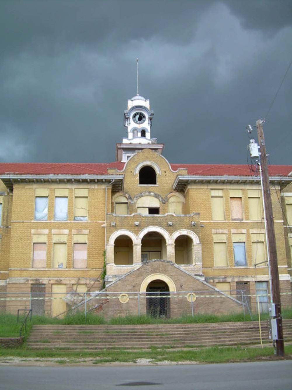 The beautiful Denison high school, which anchored the western end of Main Street, was razed in 2007. And now a CVS Pharmacy will occupy the spot! Yea, progress!