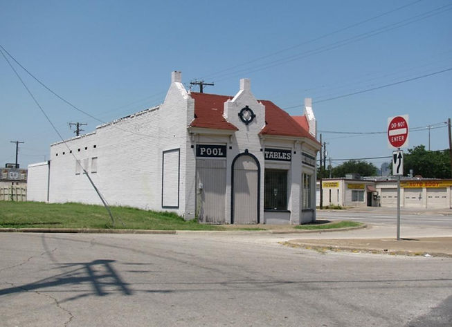 Dallas_US_80_pool_tables_parry_ave_small-985x714.jpg