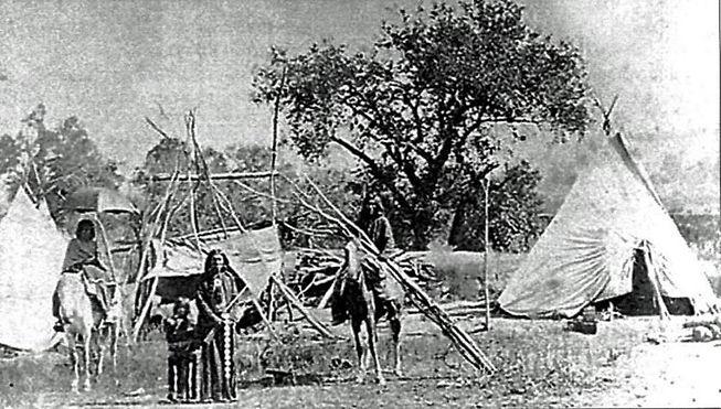 Tonkawas_Texas_beyond_History-990x563.jpg