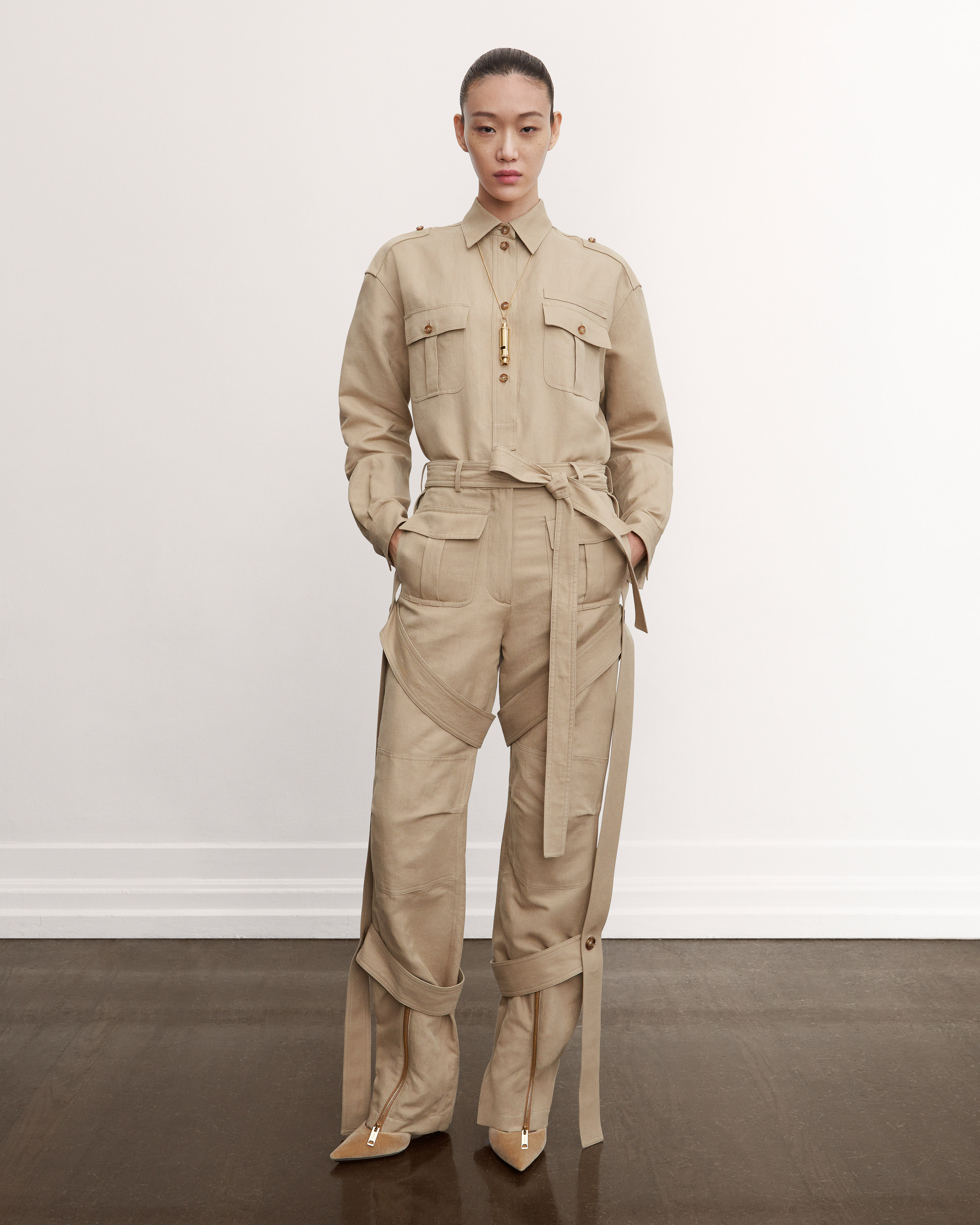 2021_AW21_PC_LOOKBOOK_CROPPED_LOOK_01