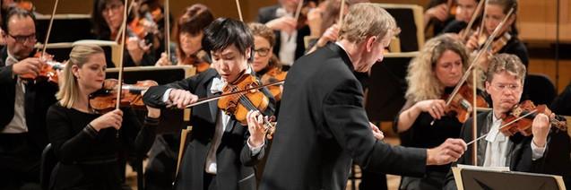 Stephen plays Brahms at Queen Elisabeth.