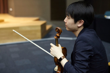 Stephen Kim Violin gives Master Class for Chamber Ensemble Members.