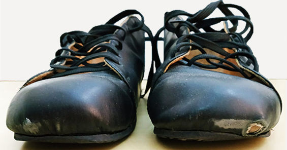 Shoe care - toe damage.jpg