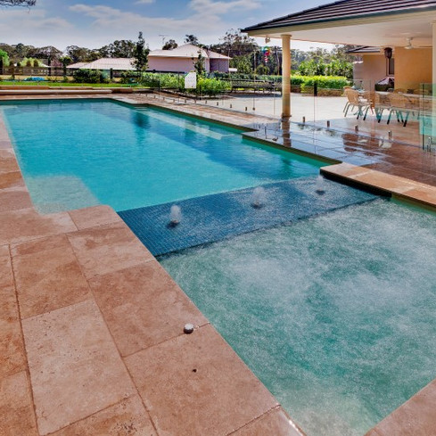 Compass-Pools-Spas-and-Waders-Pool-Shape