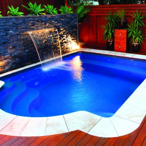Compass-Pools-Plunge-and-Courtyard-Pool-