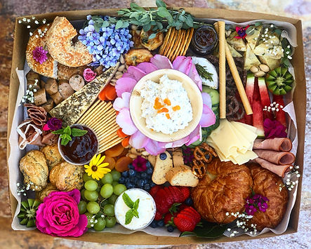 Lunch and Brunch Catering Service for companies. Party box. New Mom food basket
