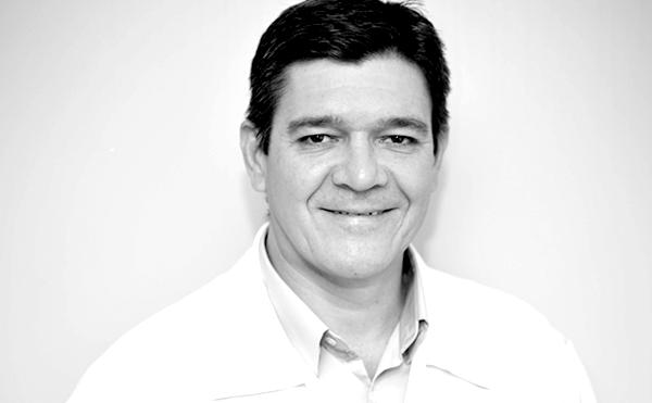 Dr. Silvio Fragoso
