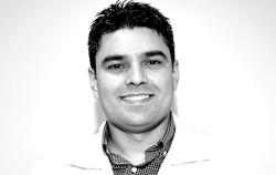 Dr. César Sanches