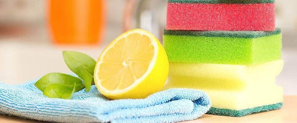 trois-produits-de-nettoyage-ecologiques-