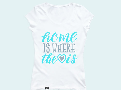Футболка c надписью «Home is where the love is»