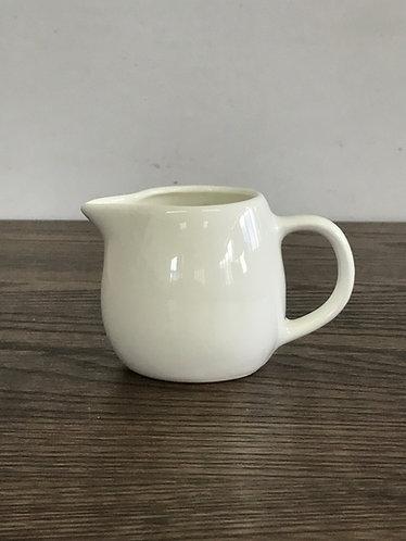 Milk Jugs 奶壺