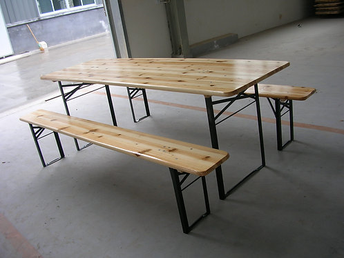 Wooden table and benches   長木桌及長木椅